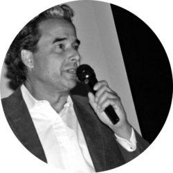 WOETZELSPEAKING_keynote_speaker mindyourstep